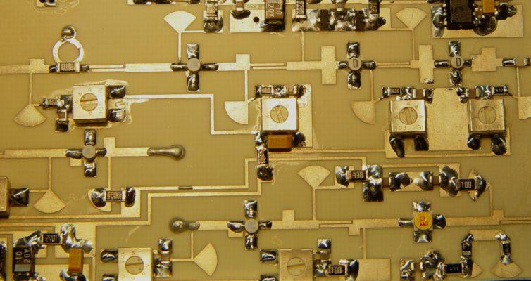 Transvertor pro 10GHz – 3cm – dle DB6NT